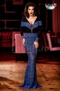 Rochie lunga de seara din dantela albastra