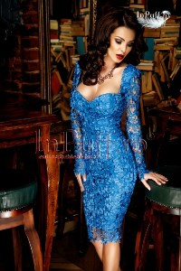 Rochie trei sferturi dantela albastra
